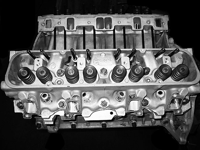 4.6 Litre Performance Long Engine - Standard Heads
